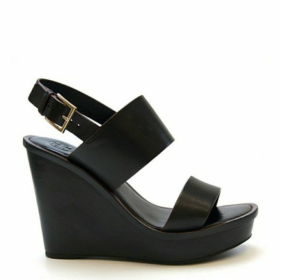 0c0fb4eef239f TORY BURCH black leather Lexington wedge sandals. M 5b98682aa31c330d02d8071b